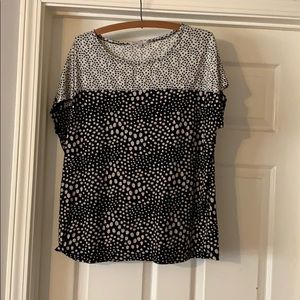 Black and white floral T